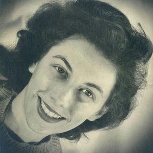 "Margaret ""Peggy"" Charlotte Hilton Obituary Photo"