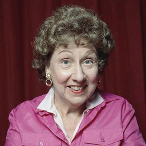 Jean Stapleton Obituary Photo
