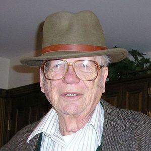 Edward  Von Halle