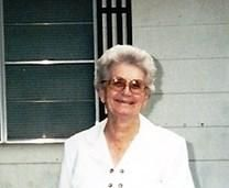 Helen Alice Pesek obituary photo