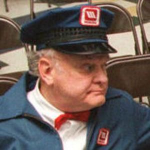 Gordon Jump Obituary Photo