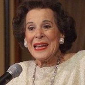 Kitty Carlisle Hart Obituary Photo