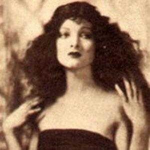 Myrna Loy Obituary Photo
