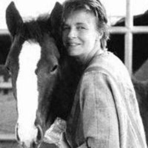 Linda McCartney Obituary Photo