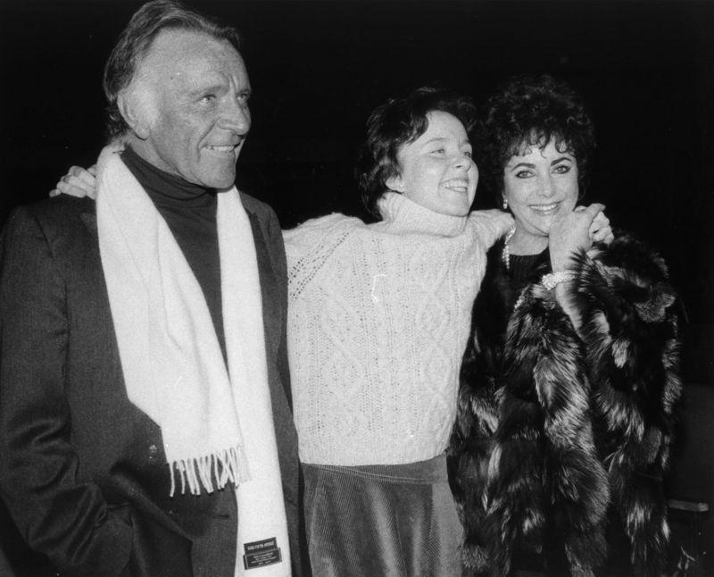 Obituary Photos Honoring Elizabeth Taylor - Tributes.com
