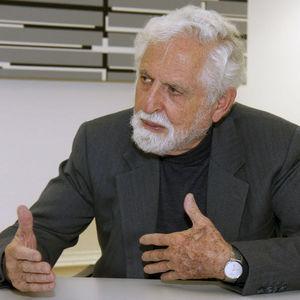 Carl Djerassi Obituary Photo
