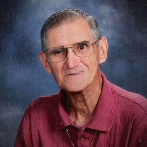 """Robert W. """"Bob"""" Hess , Sr."""