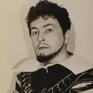 Octavian  Naghiu