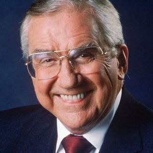 Ed McMahon Obituary Photo