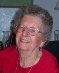 Evelyn D. HENDERSON obituary photo