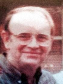 Vernon Leon Knauss obituary photo