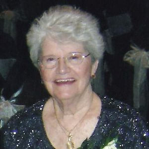 "Elizabeth ""Betty"" Lawson Obituary Photo"