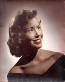 Evelyn Mae Hall obituary photo