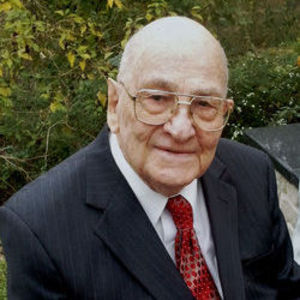 Gus W. Lampe Obituary Photo
