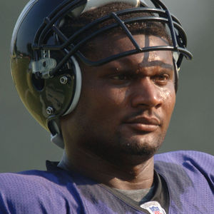 Steve McNair Obituary Photo