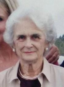 Edith Bracey Mann obituary photo