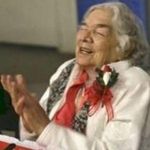 Esther C. Munoz