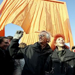 Jeanne-Claude Obituary Photo