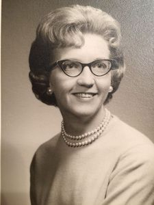 Iona Rosel Stratbucker Obituary Photo