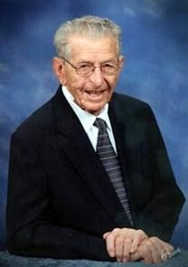 Clarence Louis Niemeyer obituary photo