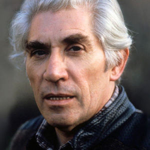 Frank Finlay Obituary Photo