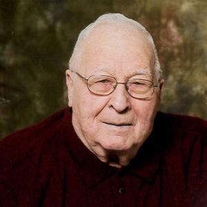 Gordon Adair Hughes Obituary Photo