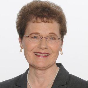 Carolyn J. Amelon