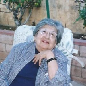 Mrs Maria Elena (Nena) Quiroz Obituary Photo