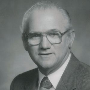 Roy McCallum