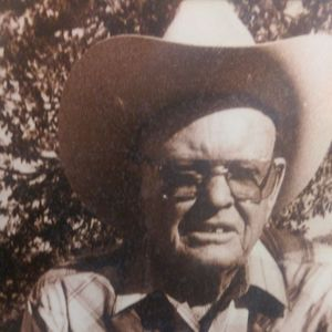 Mr. Clyde E. Blake Obituary Photo