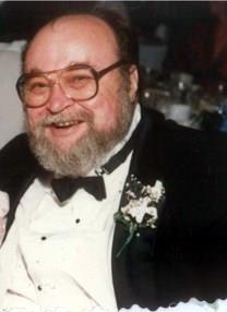 Walter G. Noltin obituary photo