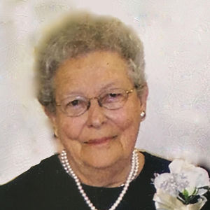 "Henrietta ""Hank"" Mae Armitage Obituary Photo"