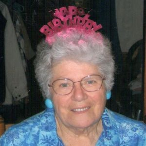 """Frances """"Fran""""(Leard) Maki Obituary Photo"""
