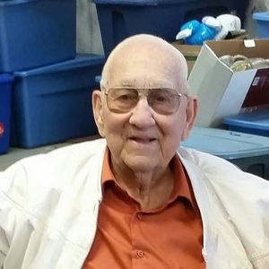 "Mr. Frank E.  ""Junior"" Weander, Jr. Obituary Photo"