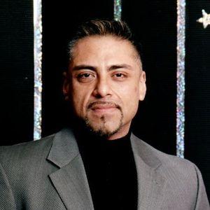 Robert Lorenzo Perez