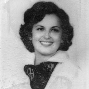 Ana Maron Traveria Obituary Photo