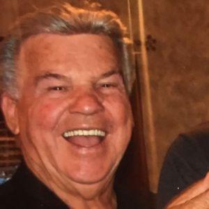Lester Dyer Obituary Photo
