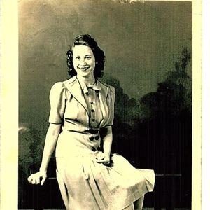 Nellie E Angelo