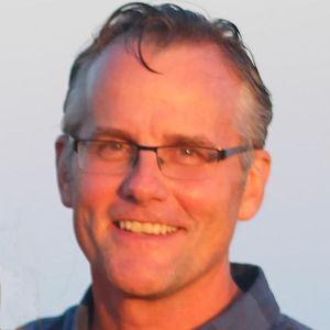 Thomas E. Niles
