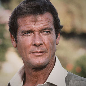 Roger Moore Obituary Photo