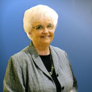 Mrs. Elizabeth Hunter Moore