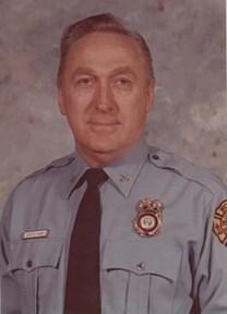 Earl E. Tanner obituary photo