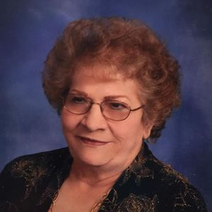 Linda Lou Fischer Obituary Photo