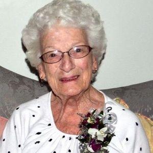 "M. Katherine ""Kaye"" Murray Obituary Photo"