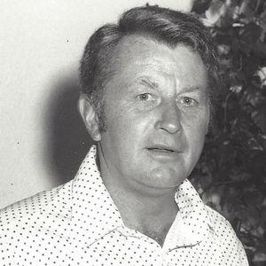 "Richard W. ""Dick"" Barris Obituary Photo"