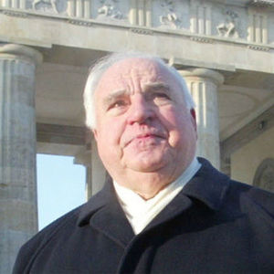 Helmut Kohl Obituary Photo