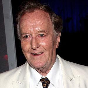 Robert Hardy Obituary Photo