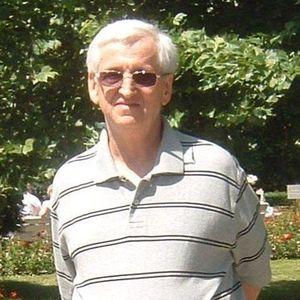 Mieczyslaw Winiarski Obituary Photo