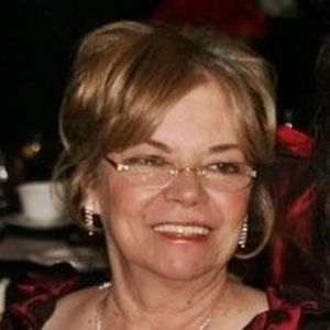 "Juliana  ""Julie""  Nichols Obituary Photo"