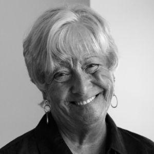 Mrs. Linda J. Petschke